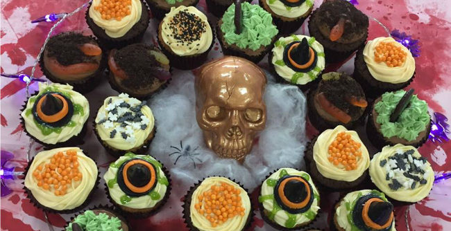 Halloween themed cupcakes at QuoStar